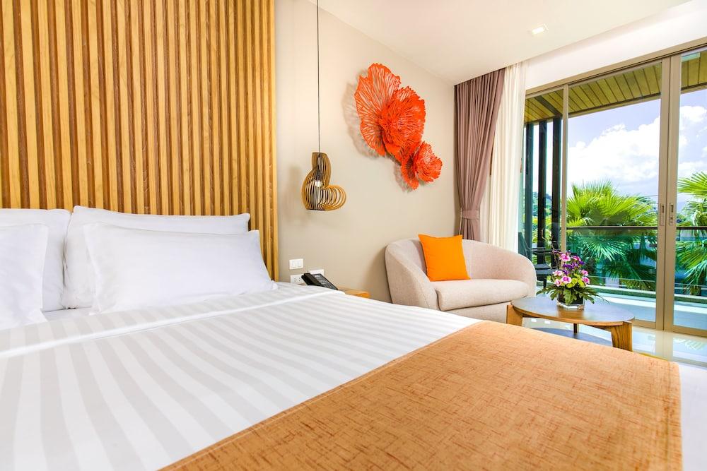 https://i.travelapi.com/hotels/18000000/17070000/17060700/17060685/fbc360af_z.jpg