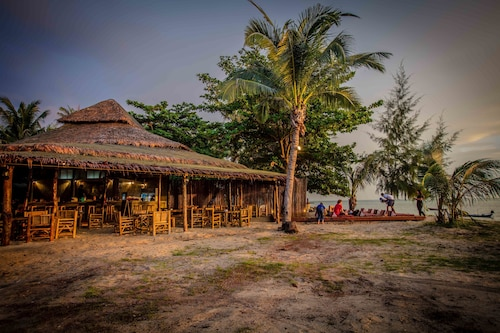 The Pier Koh Phangan, Ko Phangan