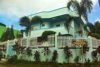 OUR MELTING POT TAGAYTAY - HOSTEL Featured Image