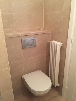 Congress Studio - Bathroom Amenities  - #0