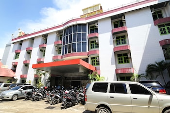 Airy Eco Syariah HM Bafadhal Sungai Asam Jambi - Hotel Front  - #0
