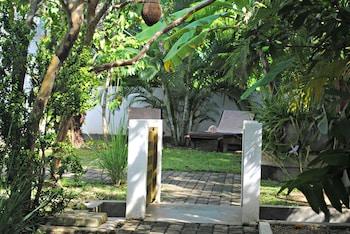 Wasantha Garden Hotel - Garden  - #0