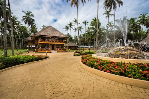 Maaha Beach Resort, Nzema East