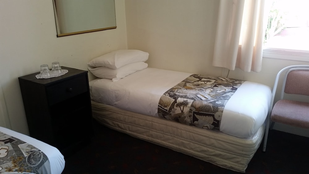 Whakatane Hotel