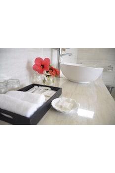 Diamond Bay Golf & Villas - Bathroom  - #0