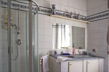 Pisaland - Bathroom  - #0