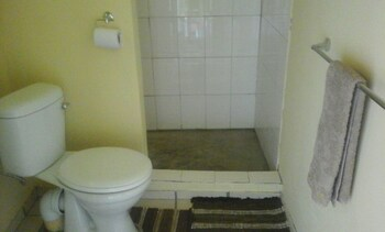 Hotel Pension Le Manoir - Bathroom  - #0