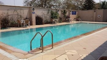 Shakespeare Court - Pool  - #0