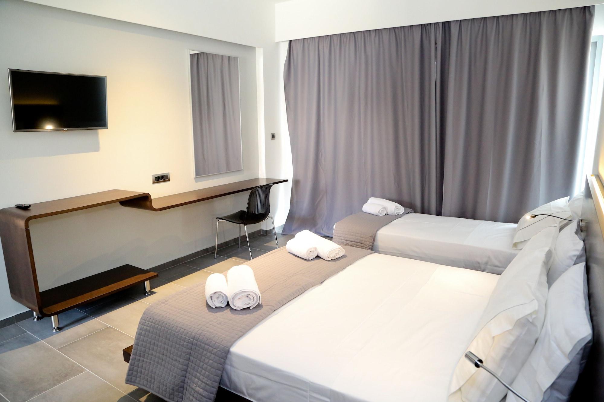 Megara Hotel, Attica