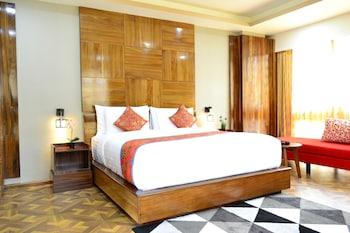 Tara Phendeyling Hotel - Guestroom View  - #0