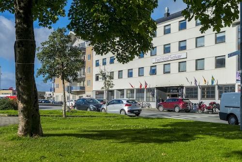 . Fast Hotel Svolvær