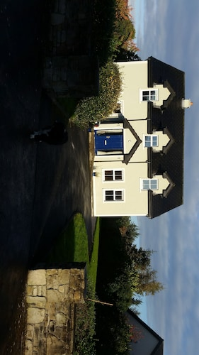 Lios Mór - 5 bed self catering house
