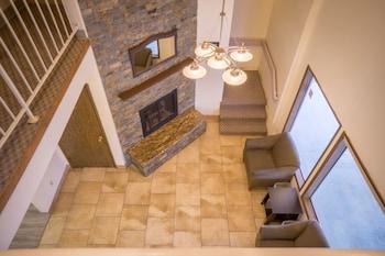 陽光面套房飯店 Sunnyside Inn & Suites