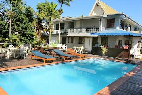 Bluewater Lodge - Hostel, Ba