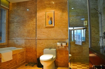 Nantong Wenfeng Hotel New Sanshui Bldg - Bathroom  - #0