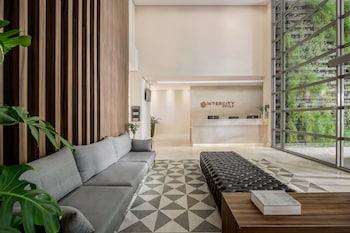 庫里奇巴城際飯店 - 西維科中心 Intercity Curitiba Centro Cívico