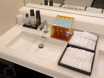 ASTIL HOTEL SHIN-OSAKA Bathroom Amenities