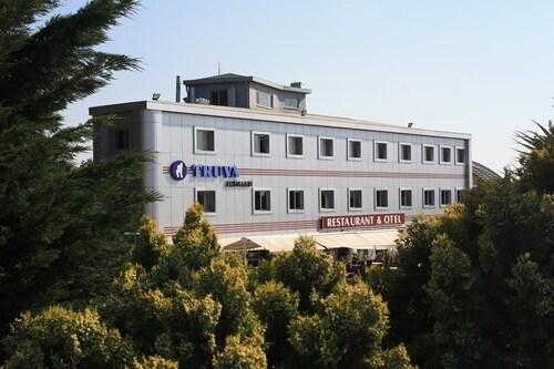 . Yeni Truva Otel