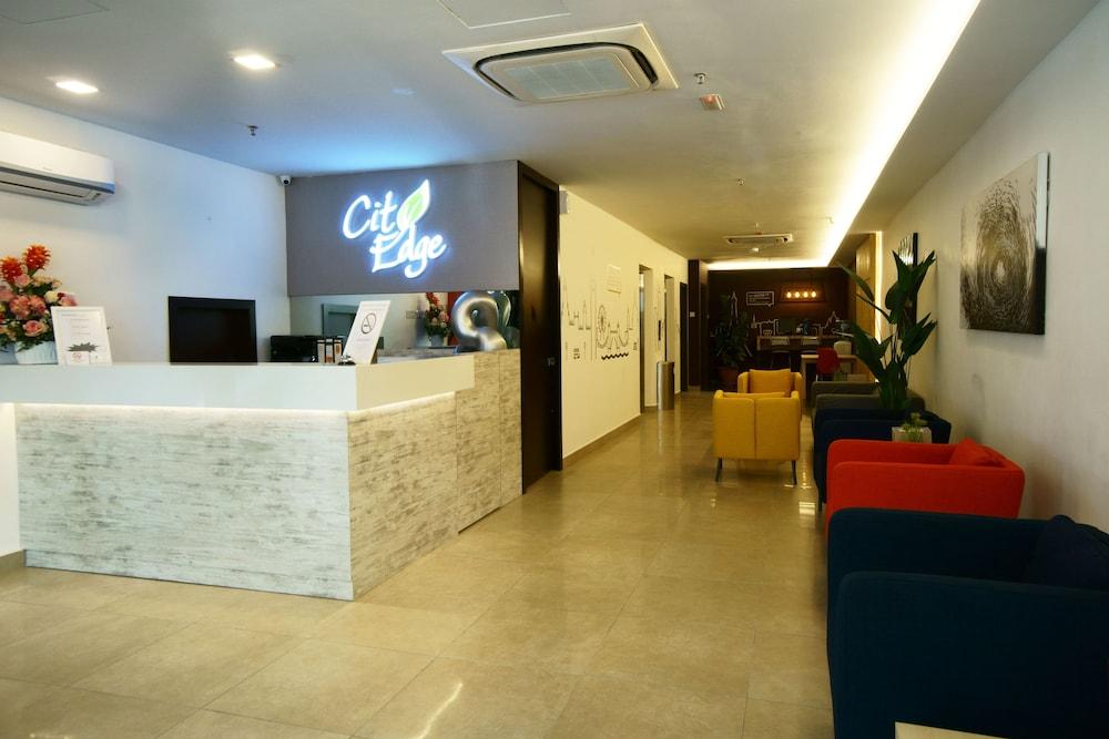 Hotel OYO 264 City Edge Hotel