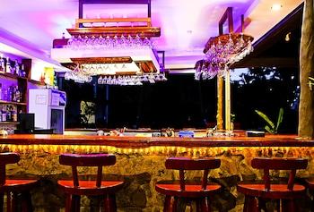 DOUBLEGEM BEACH RESORT AND HOTEL Bar
