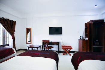 DOUBLEGEM BEACH RESORT AND HOTEL Room
