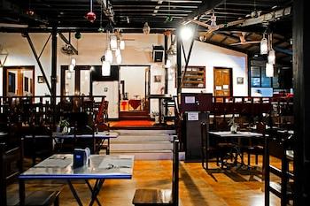 DOUBLEGEM BEACH RESORT AND HOTEL Restaurant