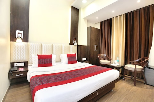Hotel Grand Park, Amritsar