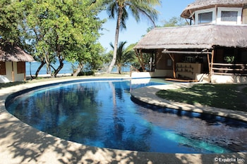 CASHEW GROVE BEACH RESORT Outdoor Pool