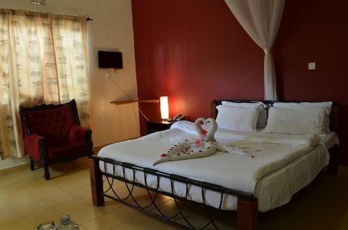 Royal City Hotel Dubai Complex, Kisumu East