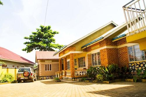Keba Inn, Busiiro