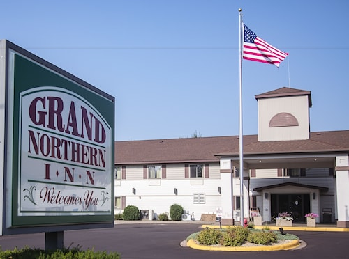 . Grand Northern Inn