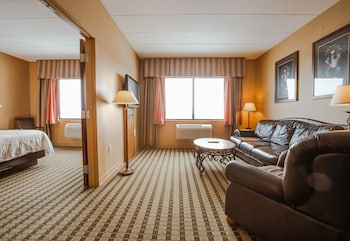 Grand Suite, 1 King Bed, Accessible, Non Smoking