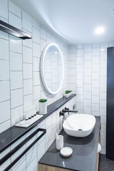 The Island Boutique Hotel Gold Coast - Bathroom Sink  - #0