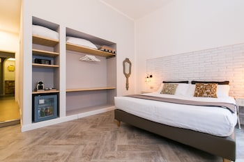 Luxury Triple Room, Annex Building (Via Rasella, 148)