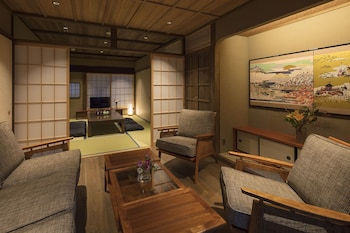 KIYOMIZU GOJO SUMITSUGU Living Room