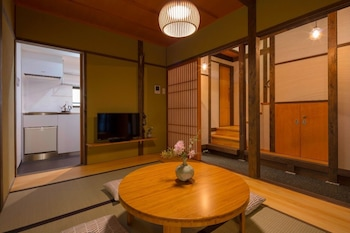 YOSHIMIGURA Living Room