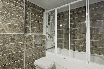 Hotel Apart Alsancak - Bathroom  - #0