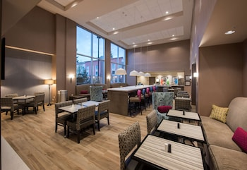 西雅圖雷德蒙德歡朋套房飯店 Hampton Inn & Suites Seattle/Redmond