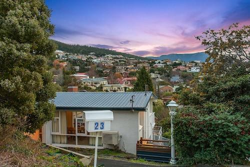 Long Beach House Apartments Sandy Bay, Hobart
