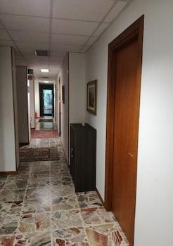 Hotel Doc - Hallway  - #0