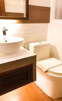 THE PICCOLO HOTEL OF BORACAY Bathroom Sink