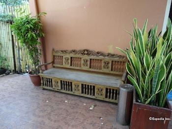 YSABELLE MANSION Terrace/Patio