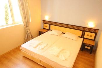Menada Atrium Apartments