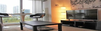 MiCasa Suites - Stylish Condo by CN Tower