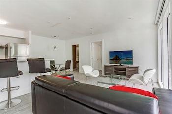 Hotel - Harding Beach Suites