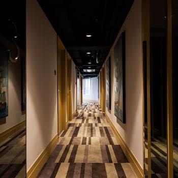 カラヴェル ホテル