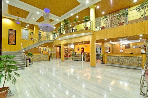 Hotel The Grand Mamta, Srinagar