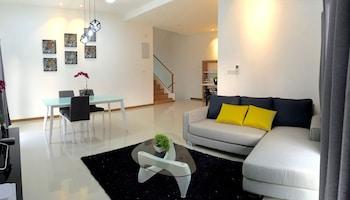 Montbleu Suites at Lost World of Tambun - Living Room  - #0