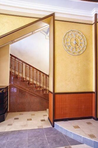 Promenade Park Hotel, Shymkent
