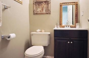 Governor's Mansion - Bathroom  - #0